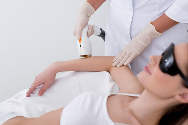 About the Clinic - Dermatologist Yiannis Neofytou Cyprus Derma Clinic Paphos 5
