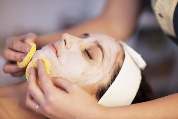 Facial Cleansing Acne Cyprus Derma Clinic Yiannis Neophytou