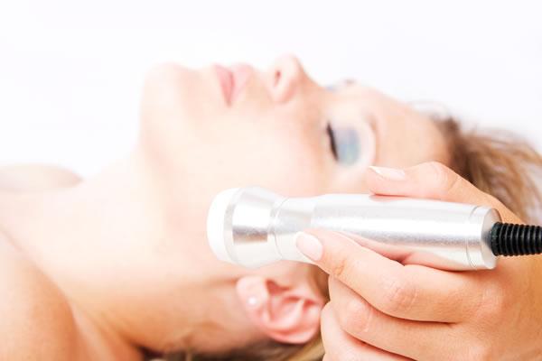 Micro Crystal Peeling Acne Scars Cyprus Derma Clinic Yiannis Neophytou